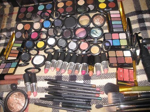 cosmeticele sunt periculoase